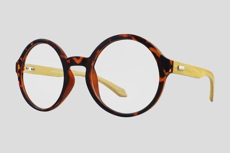 #Brillen van Reor. Dit is de Breckenridge (art. nr. F10.698ULE), complete bril vanaf € 29,90. #Montuur van schildpad design acetaat met bamboe brillenpoten. Verkrijgbaar in meerdere kleuren.