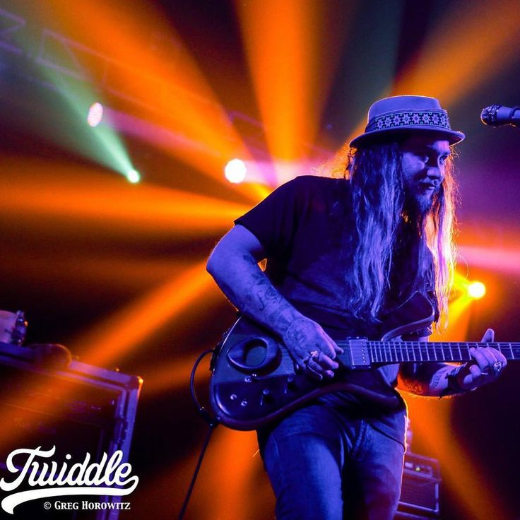 Mihali from twiddle my boy gh csmpromotions grabbed this shot at collegestmusic on