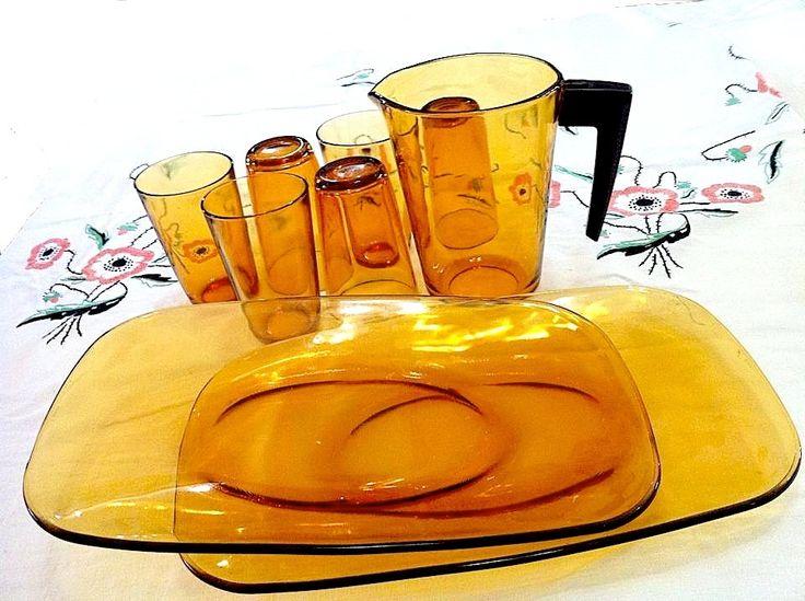 Vereco of France Vintage Amber Water Jug and 6 Glasses, matching Vintage Amber Oval Plates #vintagekitchenware #VerecoFrance #amberglasses #vintagewaterjug #vintageovalplates