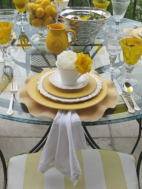 Purple Chocolat Home: Tablescapes