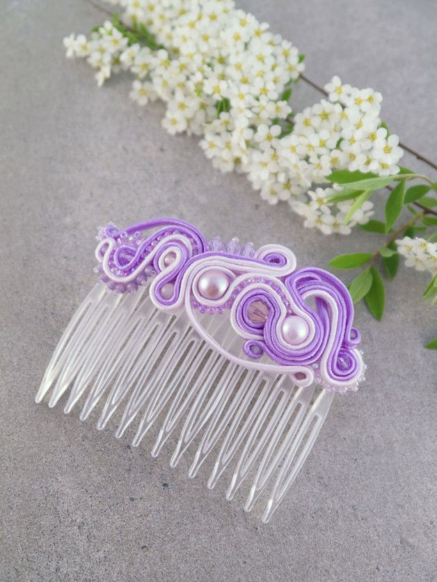 """""""Estella"""" is a beautiful, elegant woman. Taking care of every detail of your appearance. For a unique opportunity to gracefully curls are hung her shiny hair, at the end of a plug decorative comb, which crowns the work. The comb is made in the technique braid, with the addition of pearls and glass beads type Fire Polish or TOHO."""