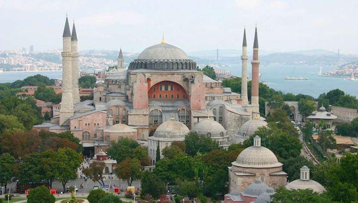 L'église Sainte Sophie d'Istanbul Histoire unique pour ce monument, qui a été…
