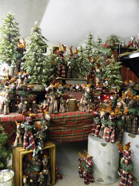 Perfect for your cabin!   Swiss Country Lawn & Crafts