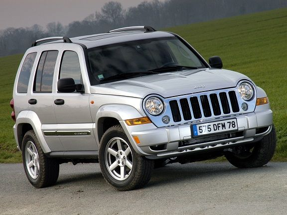 Jeep Cherokee (2005 – 2007).