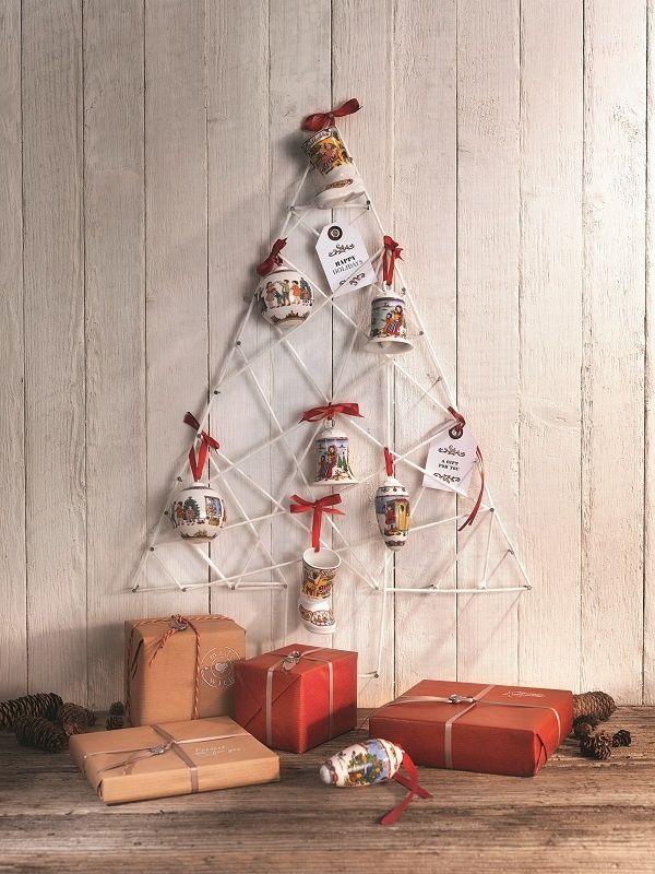 Mooie kerstversiering met traditionele decoraties van #Hutschenreuther. #kerstdecoratie