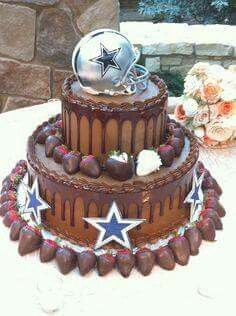 Now This is a Dallas Cowboys Cake