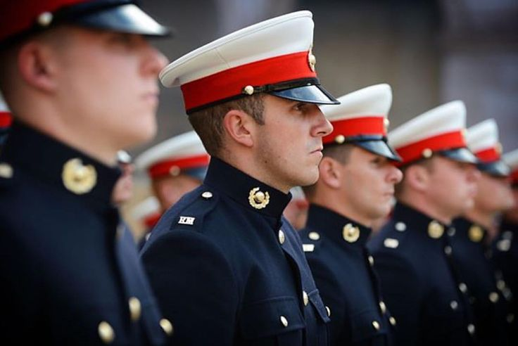 Royal Marine Commandos wearing their blues proudly in a ceremony in Paris ================================================================#great #Britain #empire #royalnavy #royal #marines #rapid #agression #uk #military #british #gibraltar #green #beret #sniper #permareperterram #parade #army #armythings #rifle #tough #britisharmy #sas #sbs #engineer #england #unitedkingdom #dday #repost #royalmarines