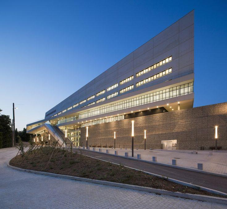 Villeneuve-Saint-Georges Hospital,© Mathieu Ducros