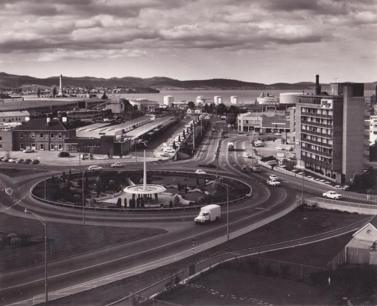Railway/ABC Roundabout before traffic lights were installed - Date Unknown
