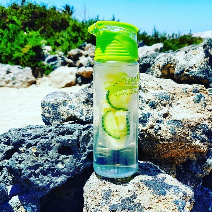 #freshfles #fresh #healthydrink #gezondheid #fruit #water #waterdrink #drink #drinken #fit #fitness
