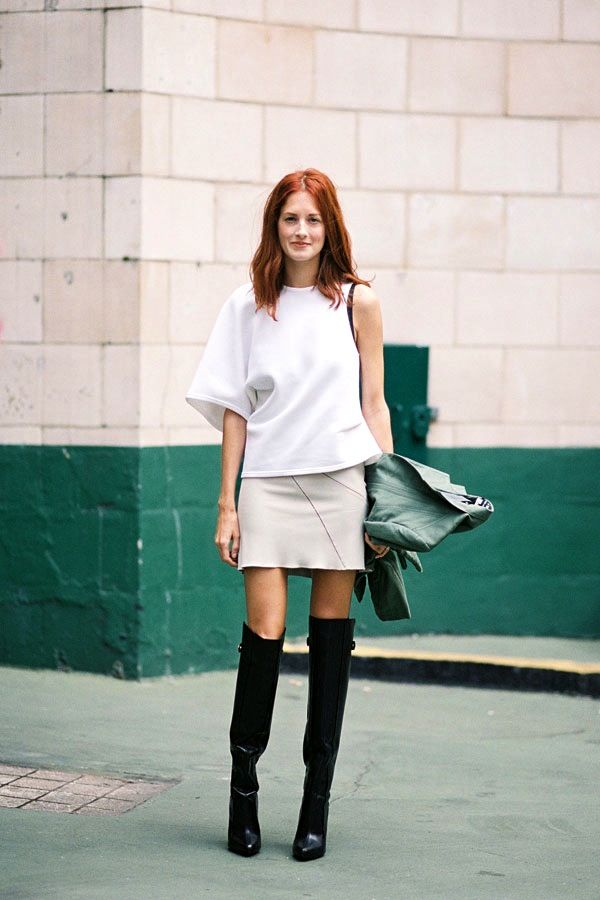 Photos via: Vanessa Jackman | Malmo Street Style How stunning does Taylor Tomasi Hill look in...
