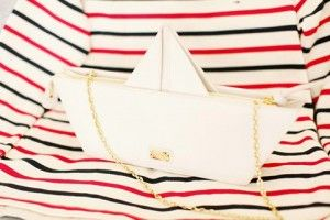 Moschino white leather paperboat bag
