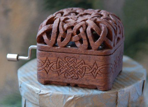 Music Box. I want to learn how to carve this