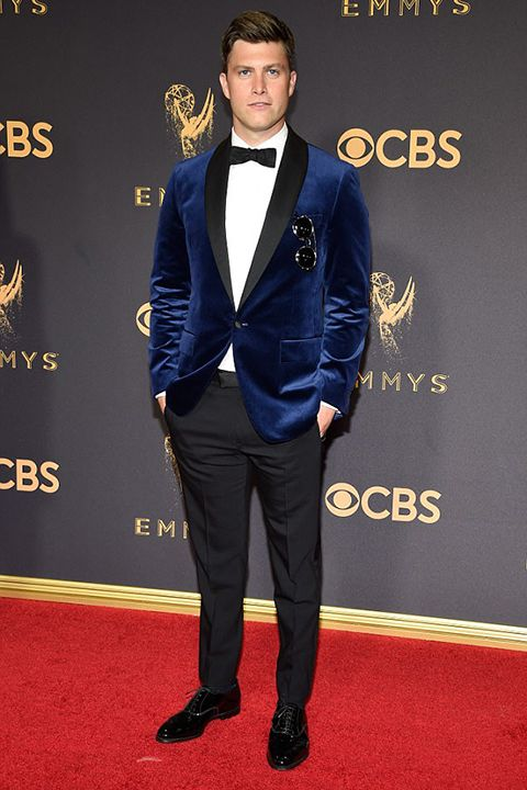 e9ffccae388a 2017-emmys-blue-velvet-tuxedo-with-bow-tie-and-black-pants | The Red Carpet  Look in 2019 | Blue velvet blazer mens, Blue suit men, Blue blazer men