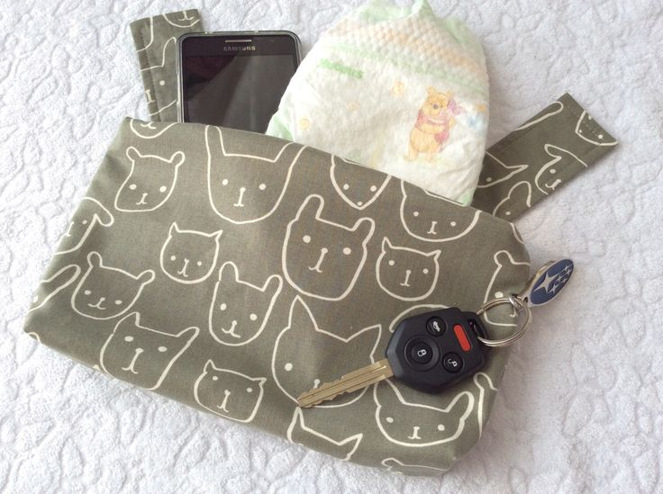 Ergo 360 sleek zipper pouch / purse / pocket / bag - Hello in grey by mamietam on Etsy https://www.etsy.com/ca/listing/460096932/ergo-360-sleek-zipper-pouch-purse-pocket