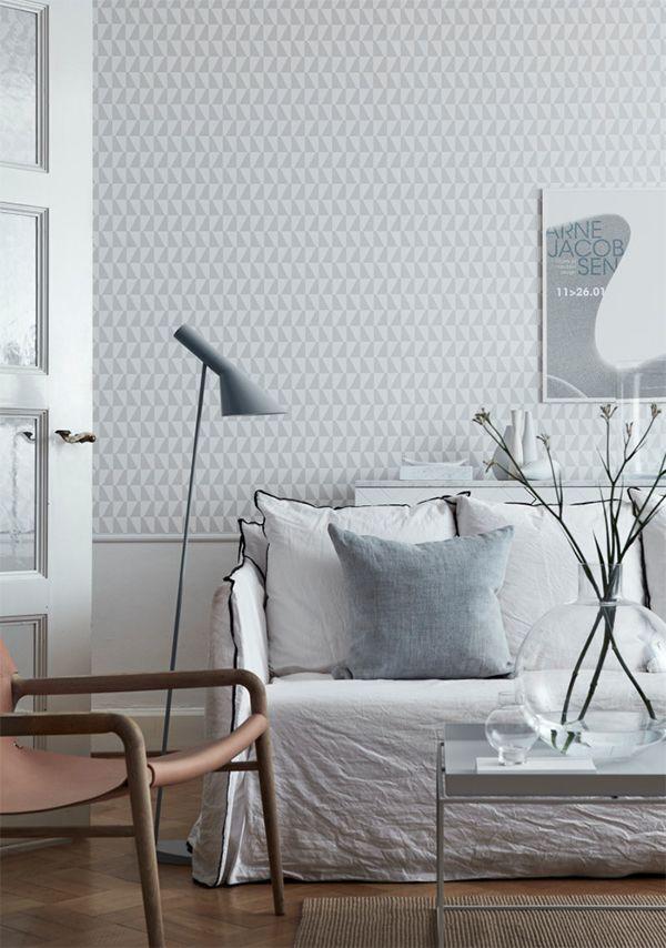 patterned wallpaper light grey living room Hitta hem