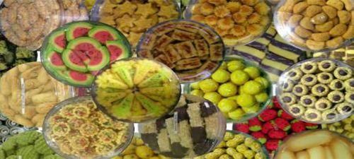 9 resep kue kering aneka kreasi meliputi kue kering lidah kucing, almond cokelat, mic fruit, mede wijen dan masih banyak lagi yang lainnya