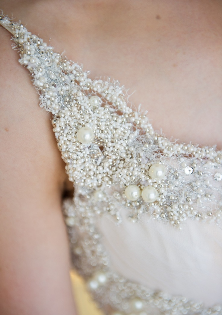 Best 9 Oglia Loro ideas on Pinterest | Bridal dresses, Bridal gowns ...