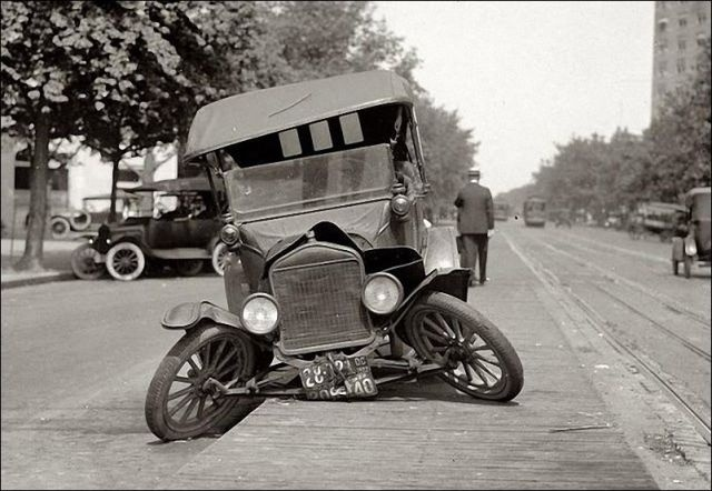 Vintage accidentsVintage Items, Photos Gallery, First Cars, Vintage Photos, Vintage Cars, Cars Accidents, Rats Rods, Old Cars, Old Photographers