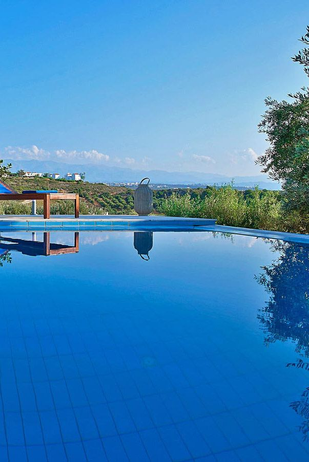 Serenity Villas in Tersanas, Chania. For more 5-bedroom villas visit our site thehotel.gr #crete #relaxation #pool #TheHotel.gr