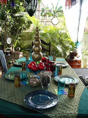 I so want to have a Moroccan themed party...and just own these things for everyday.