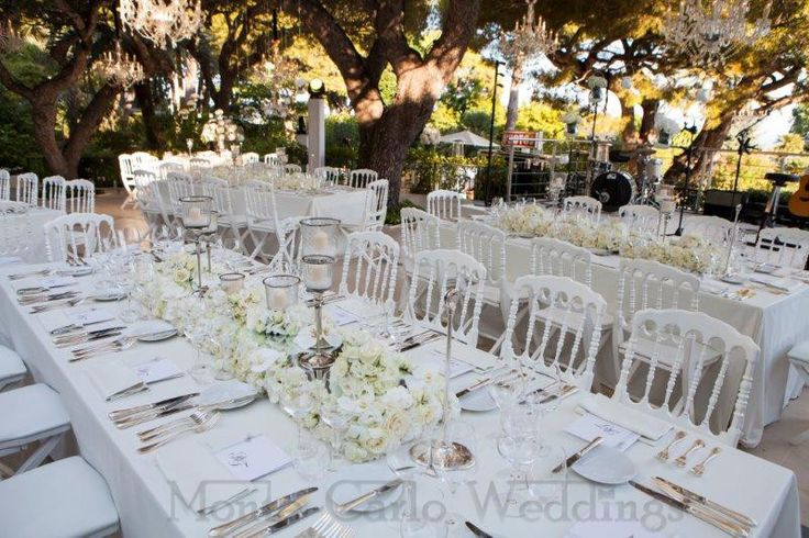 Chandelier centerpieces. Wedding by Monte-Carlo Weddings
