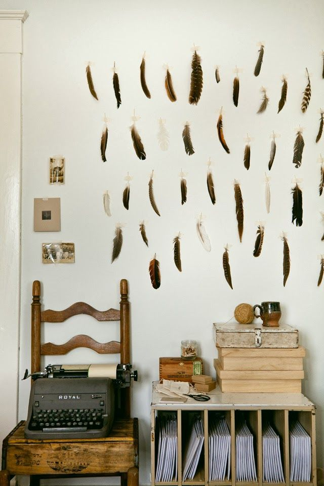 feathers styling inspiration, dreamcatchers, scandinavian interior from http://www.scandinavianlovesong.com/
