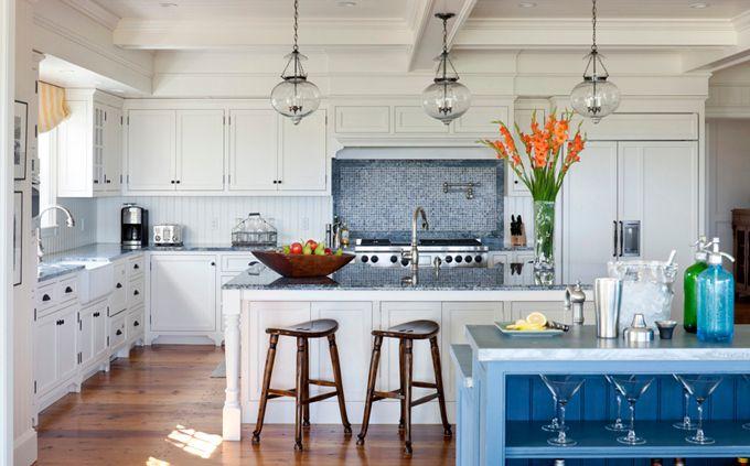 : Blue Accent, Beautiful Kitchens, Lights Fixtures, Martha Vineyard, Pendants Lights, Beaches Houses, Open Kitchens, Beaches Style, White Kitchens