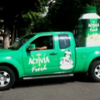 brrrifidus! activia fresh car in milano