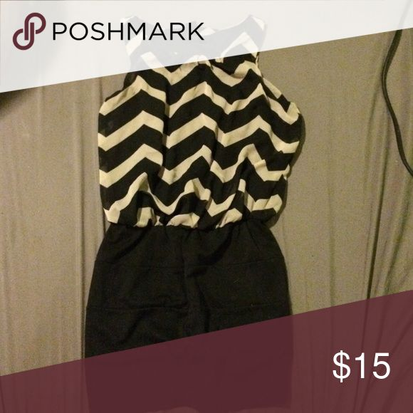 Striped mini dress Size large. Bought from Kohl's. Great condition, no stains or rips. Flowy on the top and fitted on the bottom. Super flattering! Candie's Dresses Mini