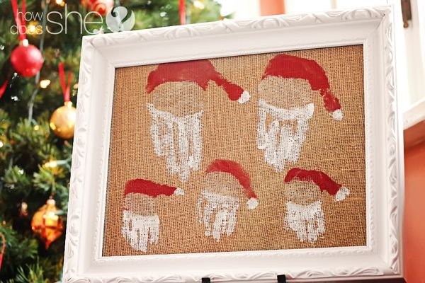 Hand printed Family of Santas! What an adorable idea for the whole family!