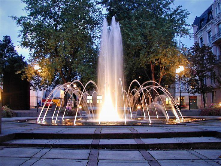 Bankplassen i Oslo.  Fountain in Oslo.