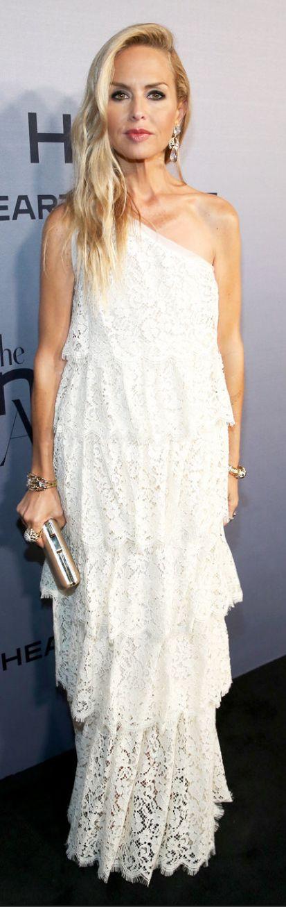Cream lace dress jewelry