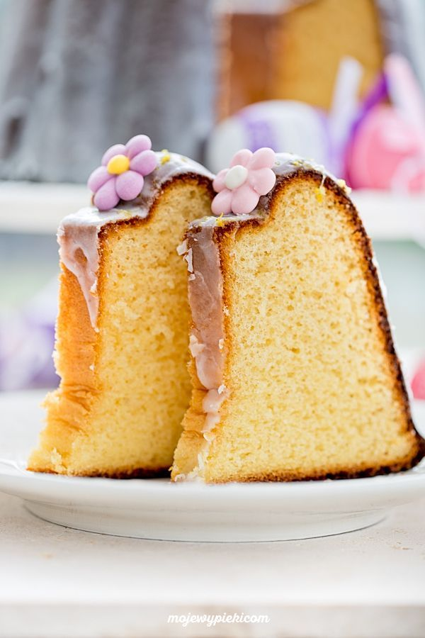 Babka muślinowa - traditional Polish Easter bundt cake