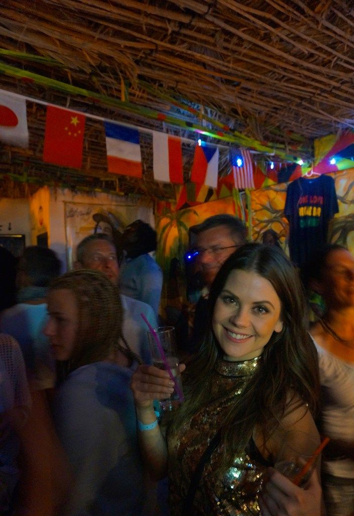 Rooftop reggae bar in Cape Verde - Read more on www.wandervibe.com #travel #capeverde #blog #travelblog #newyearseve