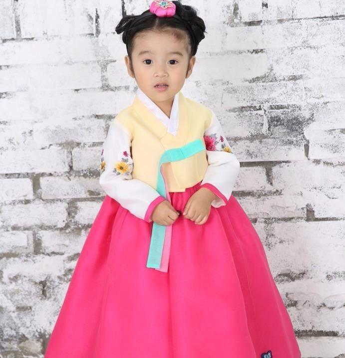 Best 25+ Korean Traditional Dress Ideas On Pinterest