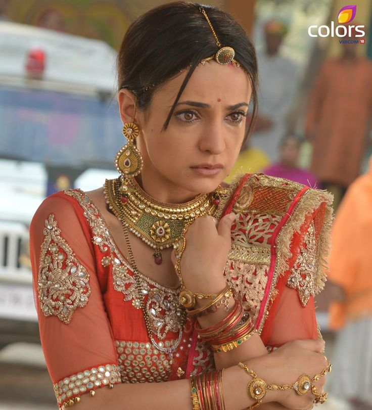 SANAYA IRANI in rangrasiya tv show in Rajasthan dress