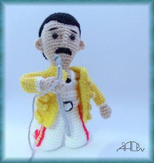 Muñeco Freddie Mercury Amigurumi - Patrón Gratis en Españo aquí: http://creandomingumiosdeesos.blogspot.com.es/2016/01/freddie-mercury.html