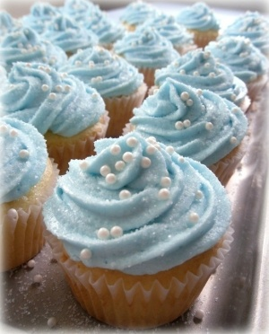 cinderella cupcakes by iris-flower