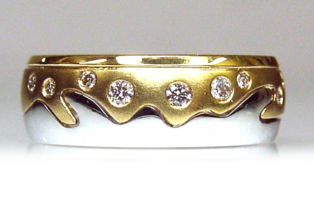 Chibnalls custom made ring from recycled gold and diamonds.