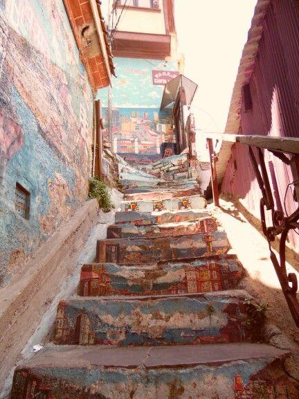 Arte mural, Valparaíso en una escalera