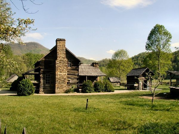 The Davis Farmhouse Smoky Mnt Nation Park North Carolina