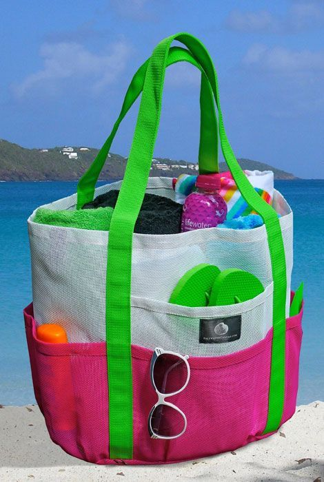 beachbag Must Have Items for the Perfect Day at the Beach