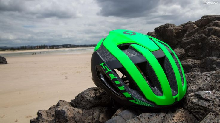 The Centric Plus is Scott s latest aero  but vented  lid