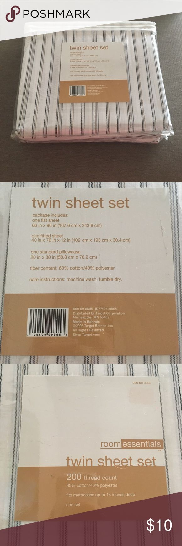 Twin Sheet Set One flat sheet, one fitted sheet and one standard pillowcase. 200 thread count. Room Essentials Other