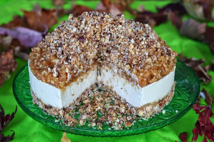 Apple Crumble Cheesecake and Sweetly Raw Chocolate Giveaway