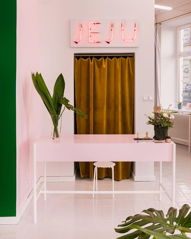 Neon Color Bedroom Ideas Bedroom Design London Bedroom Colors Red And White New Style Bedroom Design: Best 25+ Cozy Cafe Interior Ideas On Pinterest