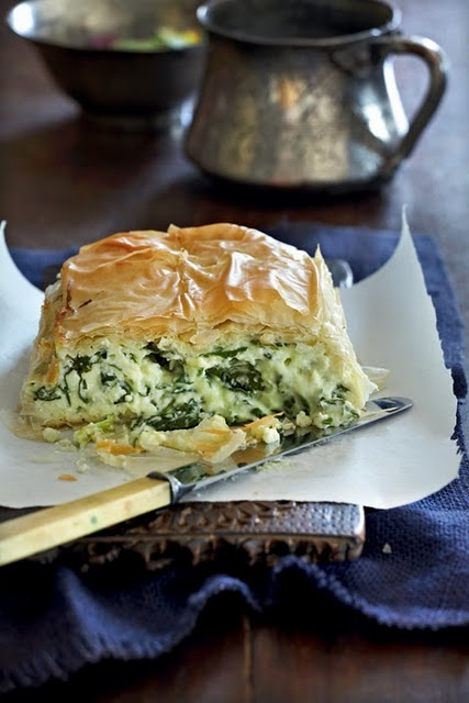 """Creamy Spinach pie   Another version of the classic """"spanakopita"""" where the béchamel sauce makes it fluffy like a souflé"""