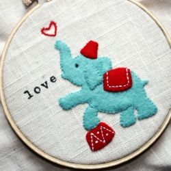 Learn techniques for making adorable felt embroidery like this little elephant.: Making Adorable, Felt Applied, Adorable Felt, Learn Techniques, Felt Embroidery, Embroidery Hoop, Felt Kid, Elephants Embroidery