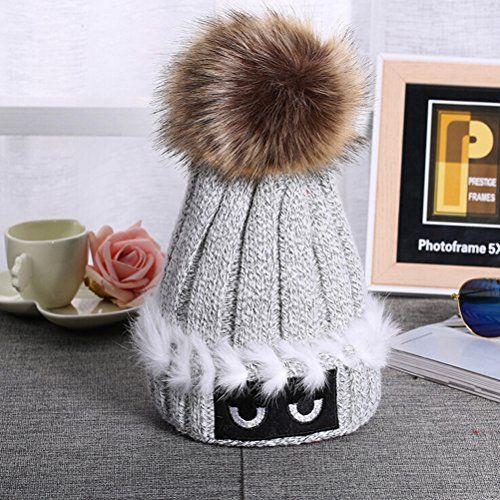 PIXNOR Femmes au Crochet tricot bonnet Ski Ball Cap hiver chaud Hat: Description Le chapeau est spécialement conçu pour vous donner un…